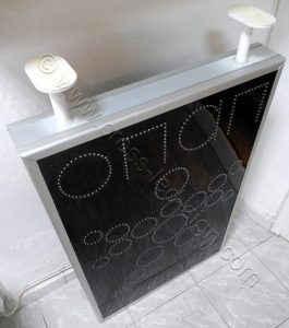 Μαύρο plexi glass οθόνης, για μεγάλη απορροφητικότητα του ηλιακού φωτός, επιγραφές led ΟΠΑΠ - 07.