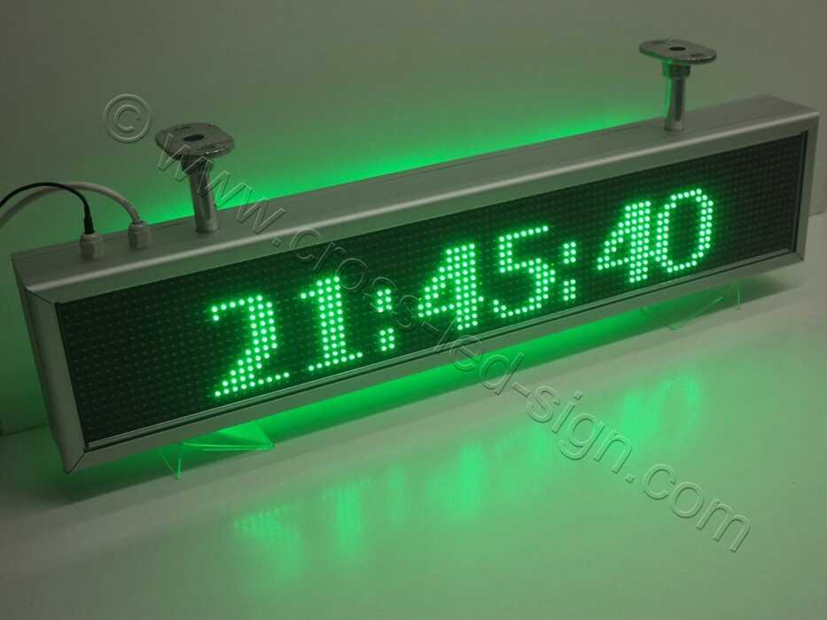 Όλες οι ηλεκτρονικές επιγραφές led περιλαμβάνουν ένδειξη ώρας.