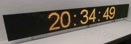 Ηλεκτρονική επιγραφή led 256x32 με ένδειξη ρολόι.