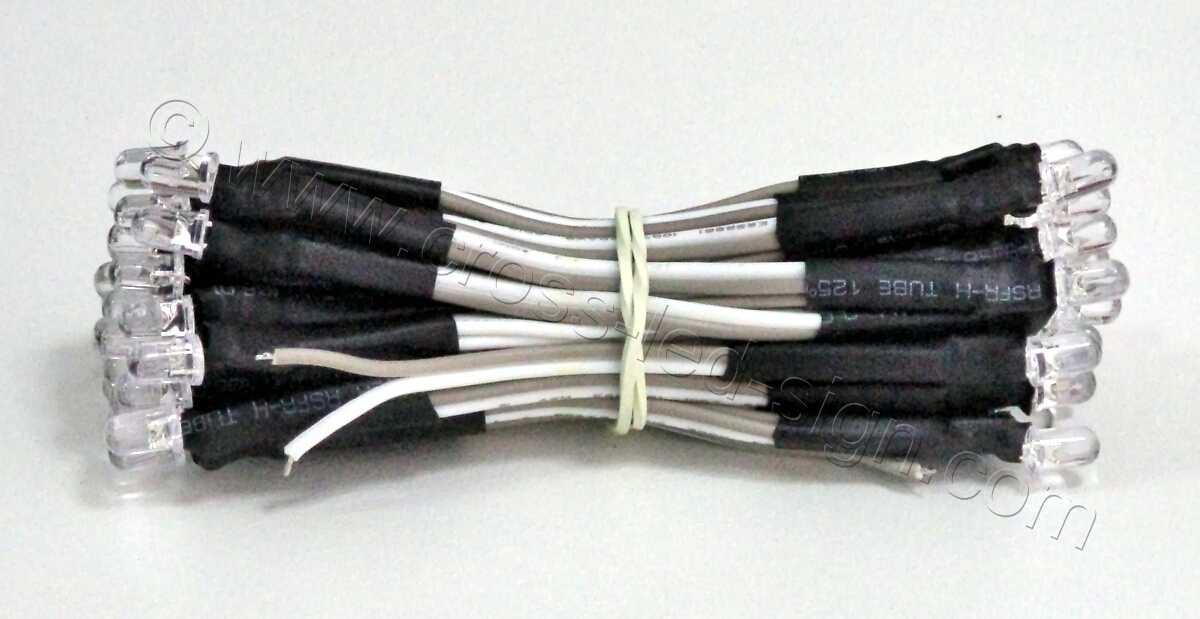 Λευκά καλωδιωμένα led 5mm σετ 60 τεμαχίων.