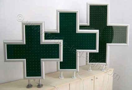 Ελληνικής δικής μας κατασκευής, σταυροί φαρμακείων led 70-90-100 εκατοστών με πλαίσιο από ανοδιωμένο αλουμίνιο.