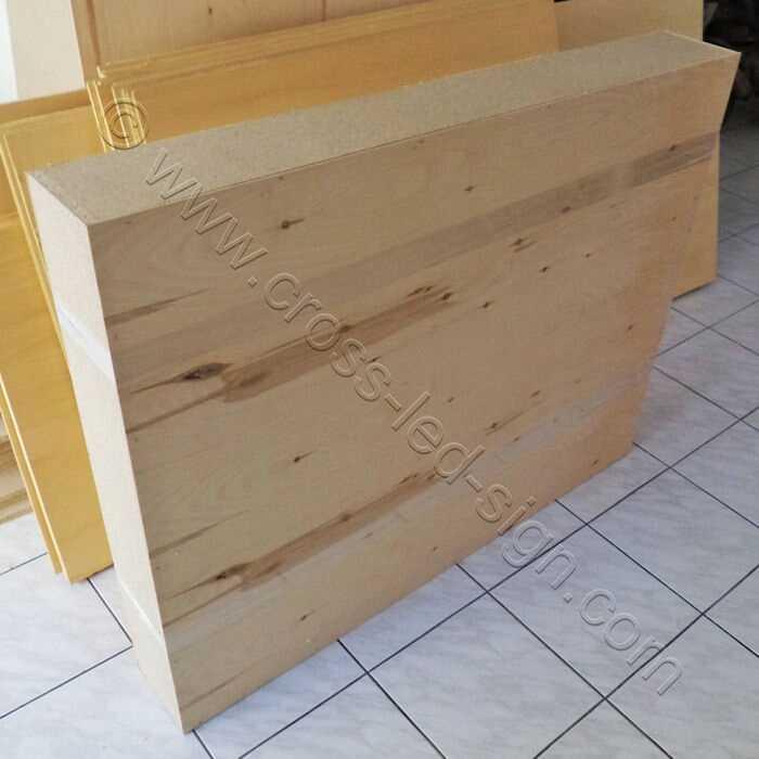 Όλες οι επιγραφές και οι σταυροί, αποστέλλονται σε ισχυρή ξύλινη συσκευασία.