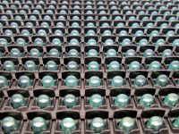 Η ταμπέλα επιγραφή led 160x16 εκατοστών, διαθέτει led σε διάταξη ανά 10 χιλιοστά από κέντρο σε κέντρο led.